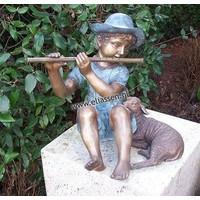 Beeld brons fluitspeler met lam