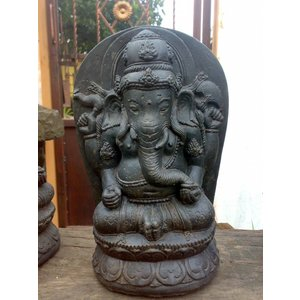 Eliassen Ganesha in lotus is 28cm