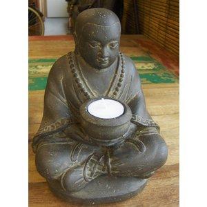 Eliassen Boeddistische monnik met kandelaar