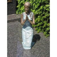 Grave image girl on knees bronze in 2 colors