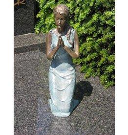 Eliassen Grabbild Mädchen auf Knien Bronze in 2 Farben