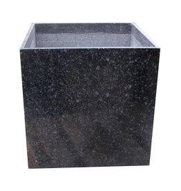 Schwarzem Granit Pflanzer