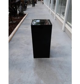 Eliassen Pillar high gloss Urta black 60cm
