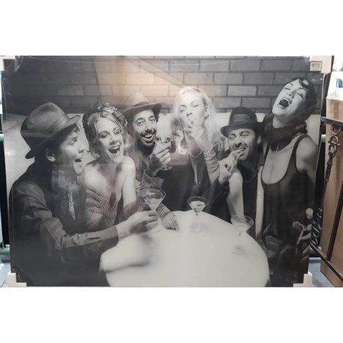 MondiArt Schilderij XXL glas  Feestende mensen 120x160cm