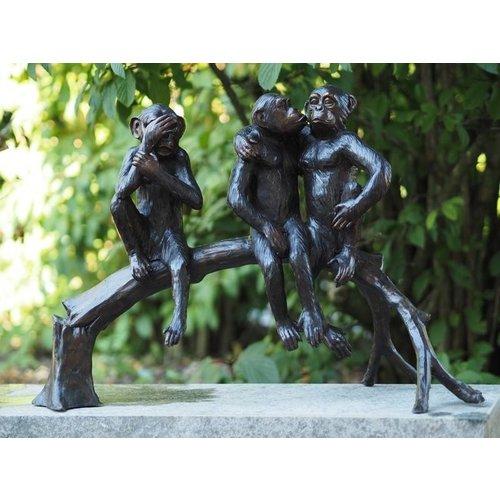 Eliassen Bronzen beeld van drie aapjes op een boomstam
