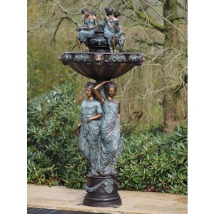 Eliassen Fontein brons met 3 vrouwen