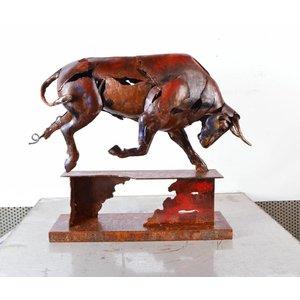 Eliassen Picture metal Bull on foot