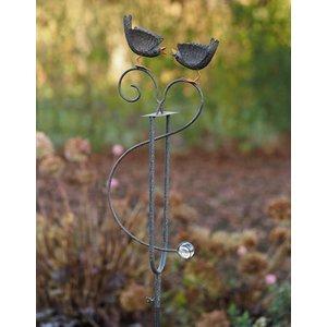 Eliassen Garden plug birds balance