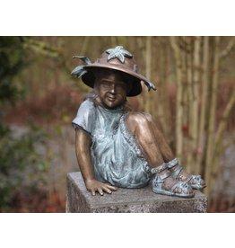 Eliassen Image bronze small girl with hat