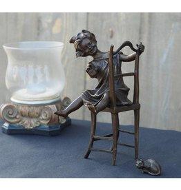 Eliassen Bild Bronzemädchen auf Stuhl