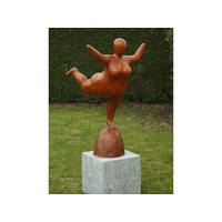 Bronzen dikke vrouw 1