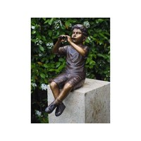 Bronzen jongen met fluit