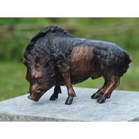 Beeld brons kleine everzwijn