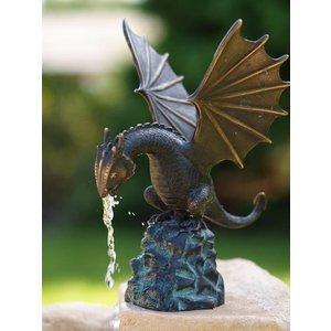 Eliassen Image spider figure bronze dragon on a rock