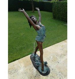 Eliassen Bronze women's fountain