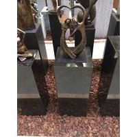 Basis schwarzer Granit poliert 30x30x75cm