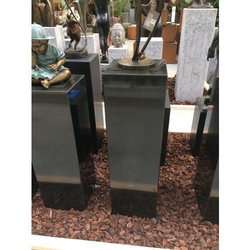 Eliassen Basis schwarzer Granit poliert 30x30x100cm hoch