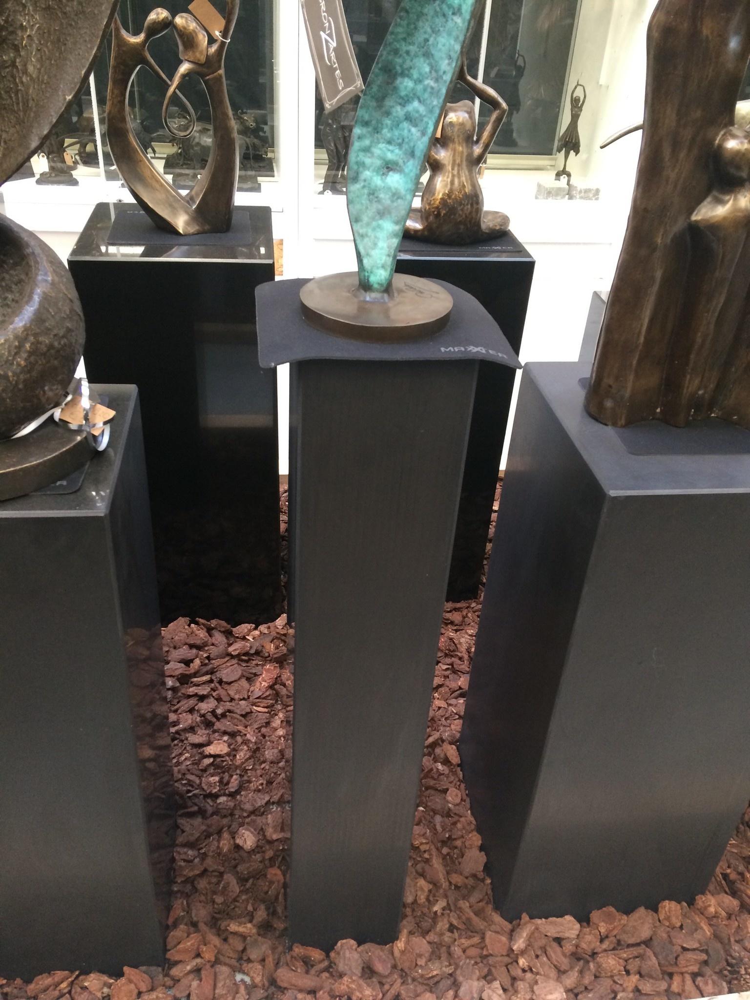 Eliassen Pedestal black granite matt 15x15x90cm