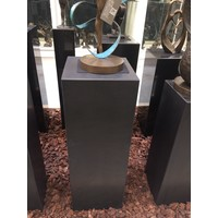 Basis schwarzer Granit matt 30x30x85cm