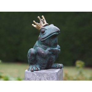 Eliassen Bronze frog statue legs over each other