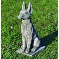 Tuinbeeld farao hond