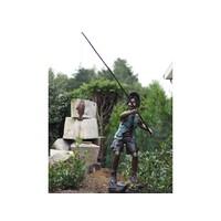Bronzen visser op rots