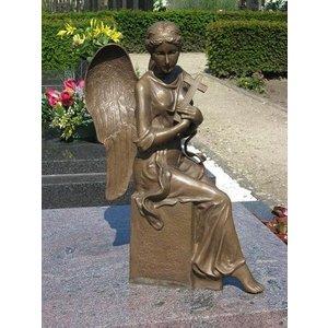 Eliassen Grabstatuengel mit Kreuzbronze