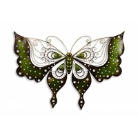 Schmetterling gegen eine Wand