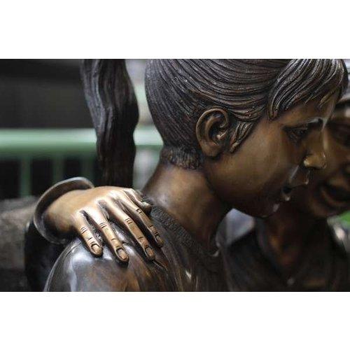 Eliassen Beeld brons 2 kinderen op bank
