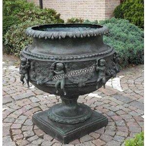 Eliassen Vase bronze large with cherubs