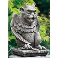 Tuinbeeld waterspuwer trol