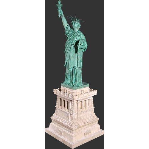 Vrijheidsbeeld 115cm  op basis