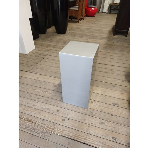 Eliassen Column high gloss Urta silver gray 60 cm