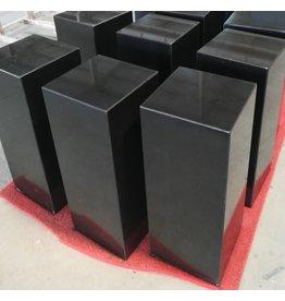 Eliassen Sokkel  zwart graniet gepolijst 25x25x50cm