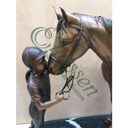 Eliassen Beeld brons paard met geleider