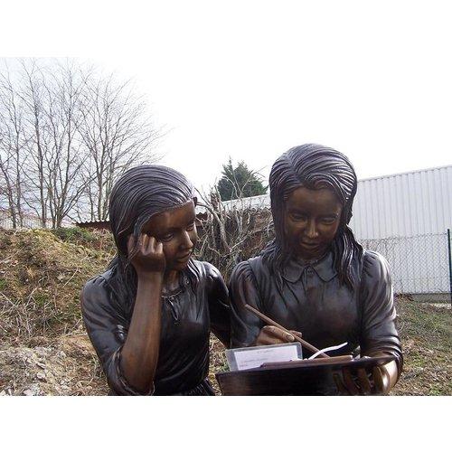 Eliassen Beeld brons 2 meisjes op bank