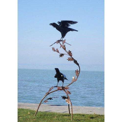Eliassen ausschließlich Raven auf einem Ast