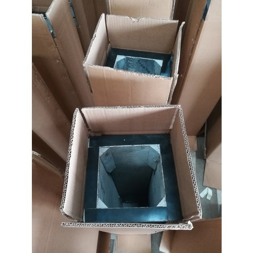 Eliassen Sockel schwarzer Granit matt 15x15x90cm