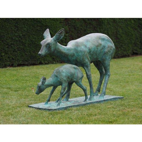 Bronze Hirsch mit Baby