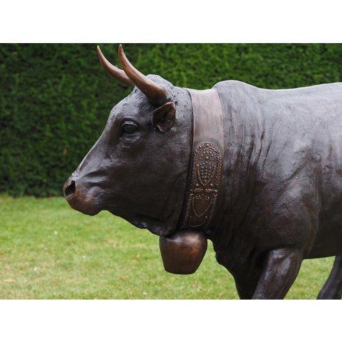 Bronzen vache d'herens