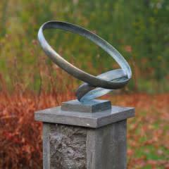 Bronzeskulptur Ringe