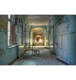 Glasschilderij Verlaten gebouw  120x80cm