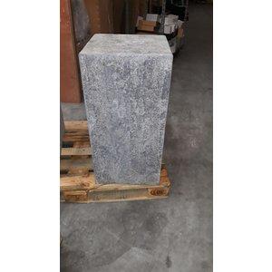 Base stone burned 40x40x80cm