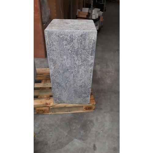 Base stone burnt 40x40x80cm