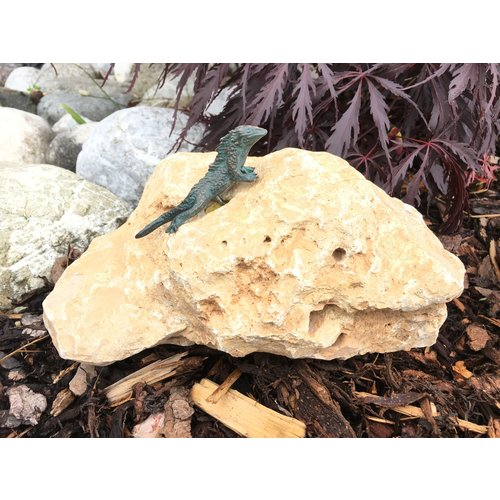Bronze gecko on moonstone