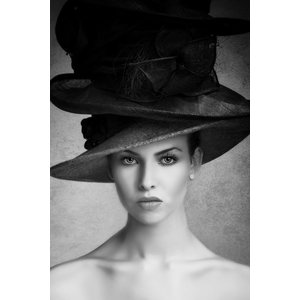 Glasmalerei Frau mit Hut 70x118cm