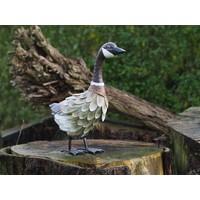 Duck standing metal