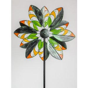 Garden plug flower with windows