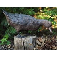 Beel duck standing bronze