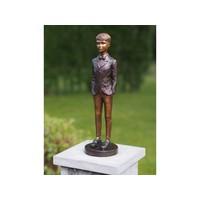 Beeld jongen staand brons